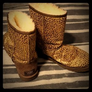 Ugg Limited Edition Short Cut Booties